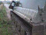 УАЗ на гусеницах тащит вездеход